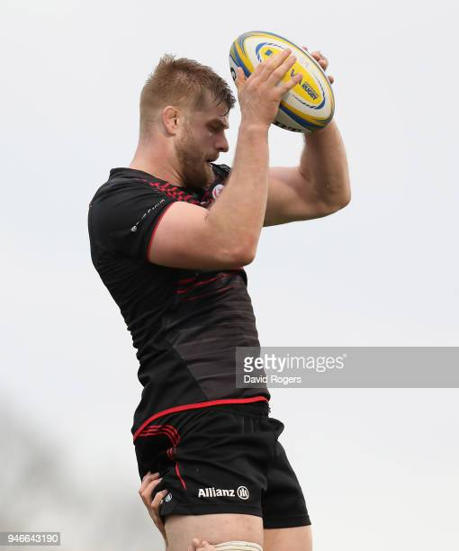 George Kruis of Saracens wins the lineout ball during the Aviva Premiership match between Saracens and Bath Rugby at Allianz Park on April 15 2018 in...
