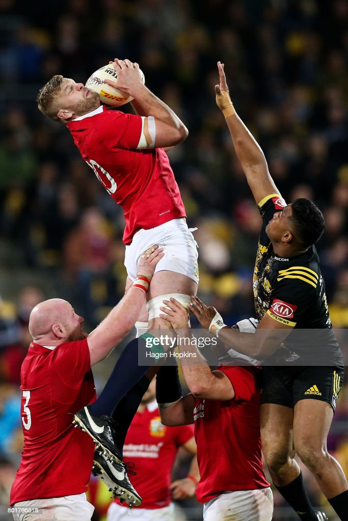George Kruis of the Lions secures a high ball under pressure from Julian Savea of the Hurricanes during the match between the Hurricanes and the British & Irish Lions at Westpac Stadium on June 27, 2017 in Wellington, New Zealand.