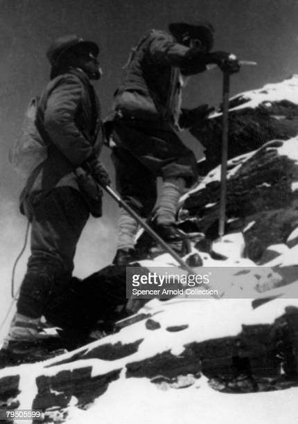 George Leigh Mallory and Brigadier Edward Felix Norton reach 27000 feet on the northeast ridge of Mount Everest 1922 Mallory returned for another...
