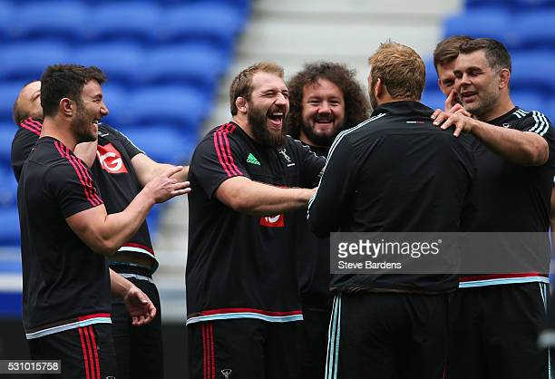 George Lowe Joe Marler Adam Jones Chris Robshaw and Nick Easter share a joke during the Harlequins Captain's Run on the eve of the European Rugby...