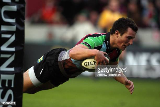 George Lowe of Harlequins scores a try during the Guinness Premiership match between Harlequins and Gloucester at The Stoop on November 28 2009 in...