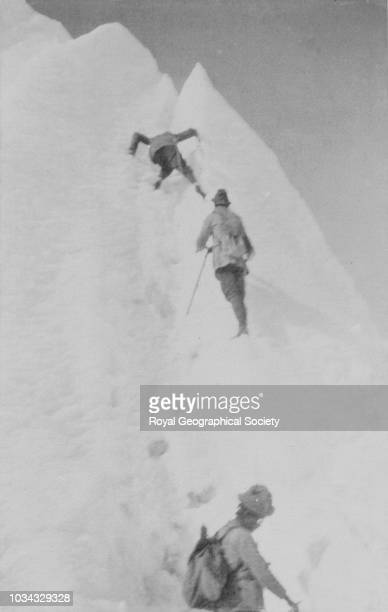 George Mallory climbing like a spider Tibet 7975 Mount Everest Expedition 1921