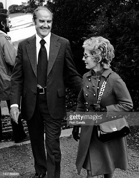 George McGovern and wife Eleanor McGovern attend Kathleen KennedyDavid Townsend Wedding Reception on November 17 1973 at Ethel Kennedy's home in...