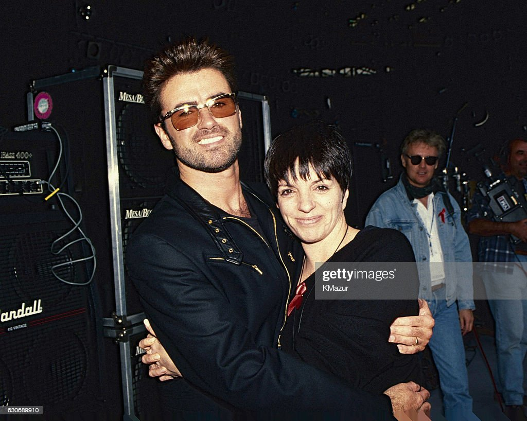 George Michael and Liza Minnelli pose backstage during The