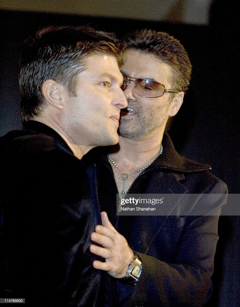 """Versace Hosts a Private Party for """"George Michael: A Different Story'' - December 15, 2005 : News Photo"""