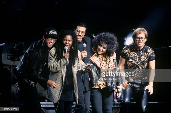 George Michael Whoopi Goldberg Lionel Richie Liz Taylor And Elton News Photo Getty Images