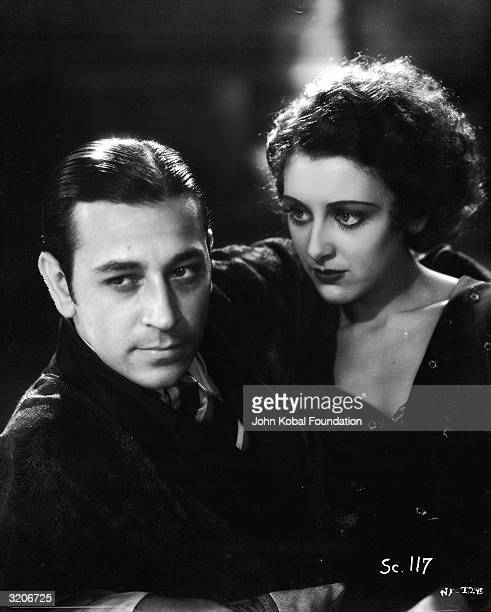 George Raft and Ann Dvorak star in the gangster film 'Scarface' directed by Richard Rosson and Howard Hawks