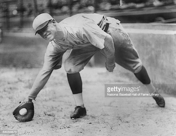 George Sisler of the St Louis Browns fields the ball before a season game George Sisler played for the St Louis Browns from 19151927