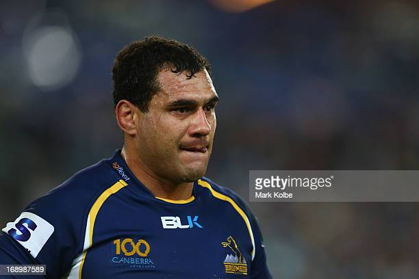 George Smith of the Brumbies leaves the field with a knee injury during the round 14 Super Rugby match between the Waratahs and the Brumbies at ANZ...