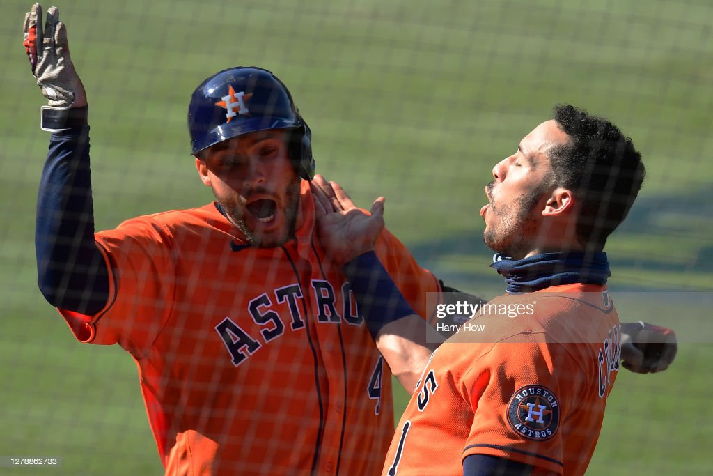 Division Series - Houston Astros v Oakland Athletics - Game Two : News Photo