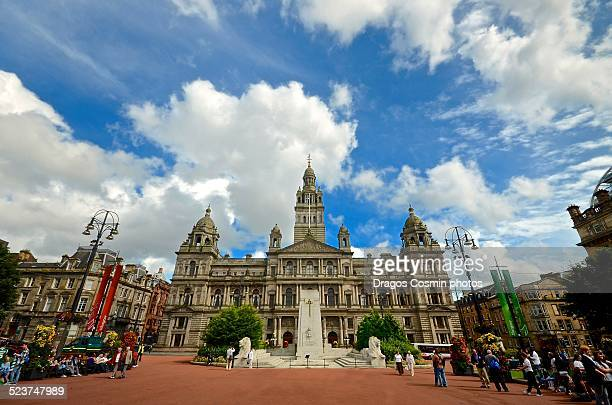 george square in glasgow, scotland - glasgow stock pictures, royalty-free photos & images