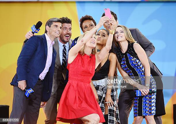 """George Stephanopoulos, Lara Spencer, Robin Roberts, Ariana Grande, Amy Robach take a selfie Ariana Grande Performs During ABC's """"Good Morning..."""