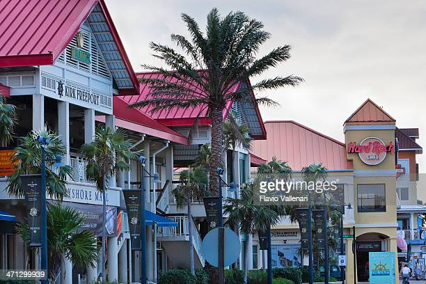 George Town Shopping Road, Grand Cayman