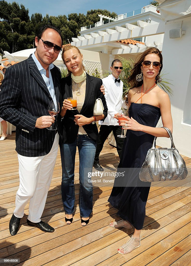 George Tsvetanski, Alisa Cowley (C) and guest attend the David Morris Amend Charity Luncheon at the Hotel du Cap as part of the 63rd Cannes Film Festival on May 17, 2010 in Antibes, France.
