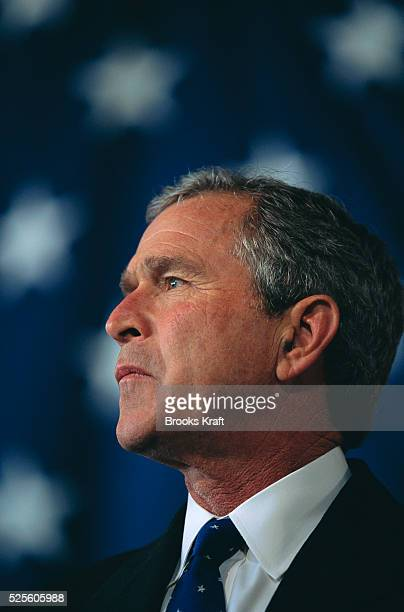 George W Bush attends a presidential campaign rally in Milwaukee Wisconsin Bush won the 2000 Presidential Election against Vice President Al Gore...