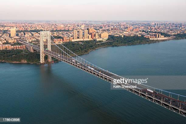 george washington bridge aerial - george washington bridge stock pictures, royalty-free photos & images