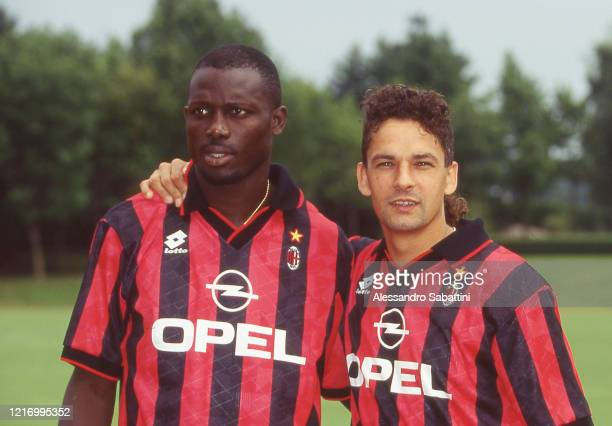 George Weah and Roberto Baggio of AC Milan poses for photo, Italy.