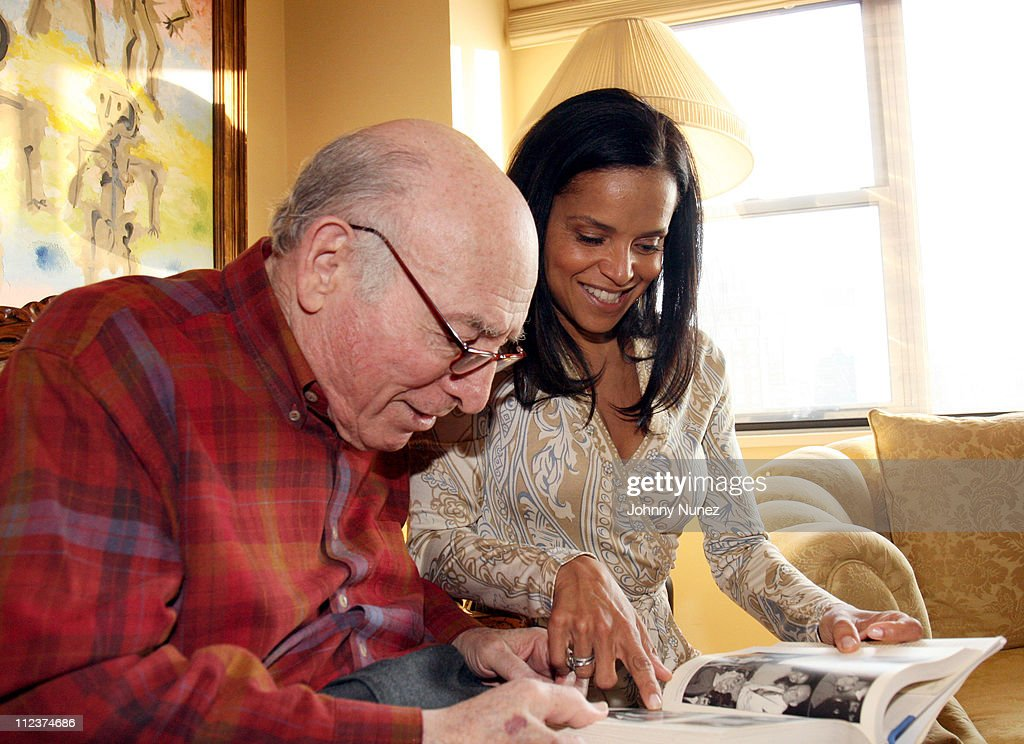 "Victoria Rowell Private Launch of Her Book ""The Women Who Raised Me"" Hosted by George Wein : News Photo"
