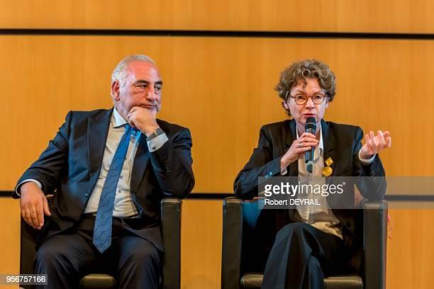 Georges Képénékian maire de Lyon et Sylvie Ramond directrice du Musée des BeauxArts de Lyon lors de la conférence de presse portant sur le sauvetage...