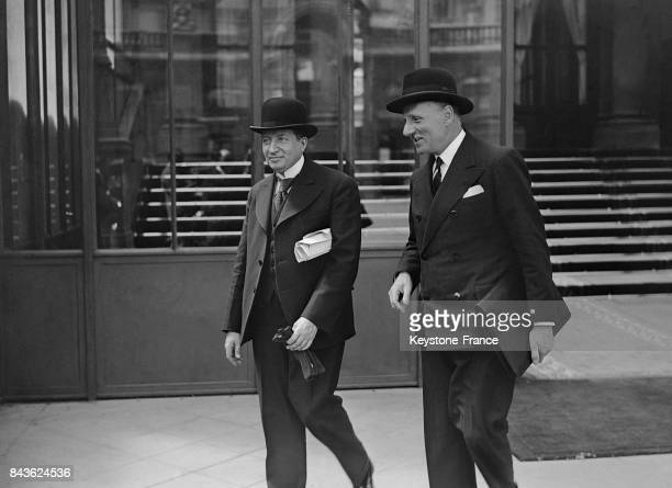 Georges Mandel et William Bertrand à leur sortie de l'Elysée à Paris France en le 21 juin 1935