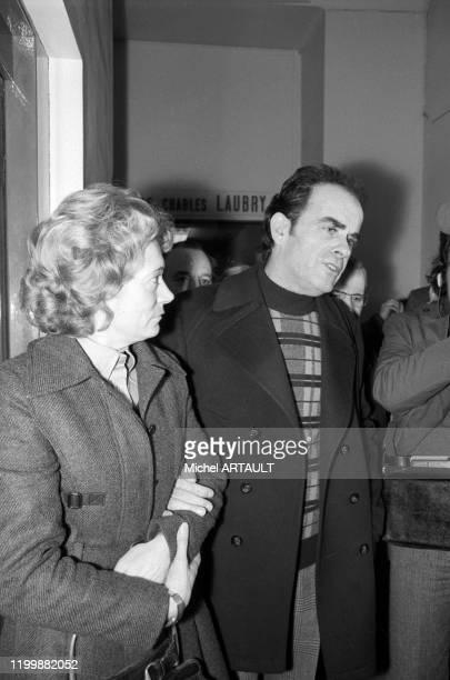 Georges Marchais en compagnie de sa femme Liliane après une hospitalisation de trois semaines à l'Hopital Lariboisière su 1er secrétaire du Parti...
