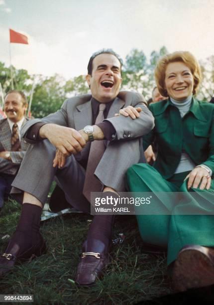 Georges Marchais et son épouse Liliane à la fête de l'Humanité le 8 septembre 1974 à La Courneuve France