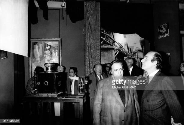 Georges Méliès Henri Langlois et Michel Guy lors de la réouverture des salles du Musée du Cinéma le 22 mars 1975 au Palais de Chaillot à Paris France