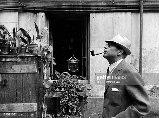 Georges Simenon, Writer