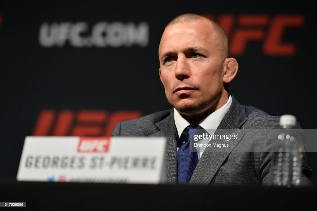 UFC: Bisping v St-Pierre Press Conference : News Photo