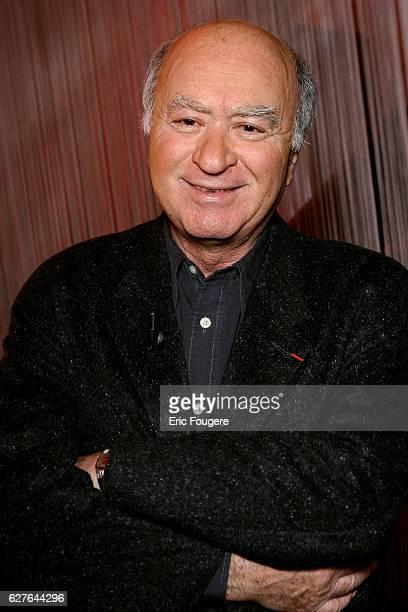 Georges Wolinski on the set of TV show 'Ce Soir ou Jamais'