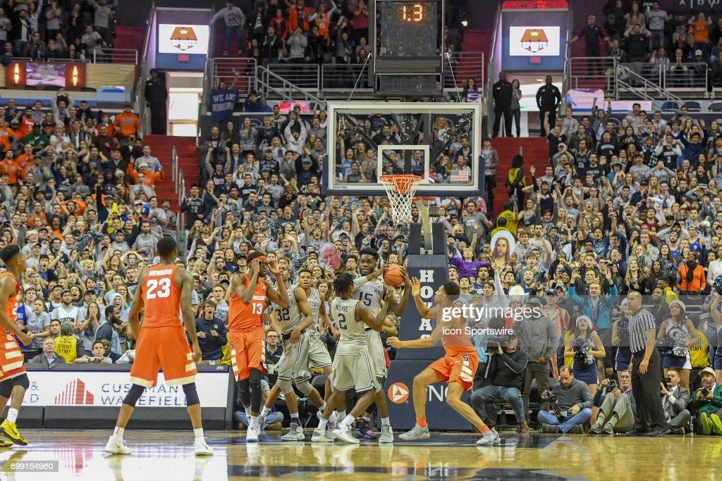 COLLEGE BASKETBALL: DEC 16 Syracuse at Georgetown : News Photo