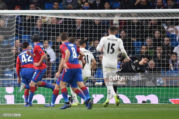Georgi Schennikov of CSK Moscow scores his team's second goal during the UEFA Champions League Group G match between Real Madrid and CSKA Moscow at...