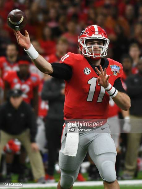 Georgia Bulldogs Quarterback Jake Fromm passes the ball during the Allstate Sugar Bowl between the Texas Longhorns and the Georgia Bulldogs on...