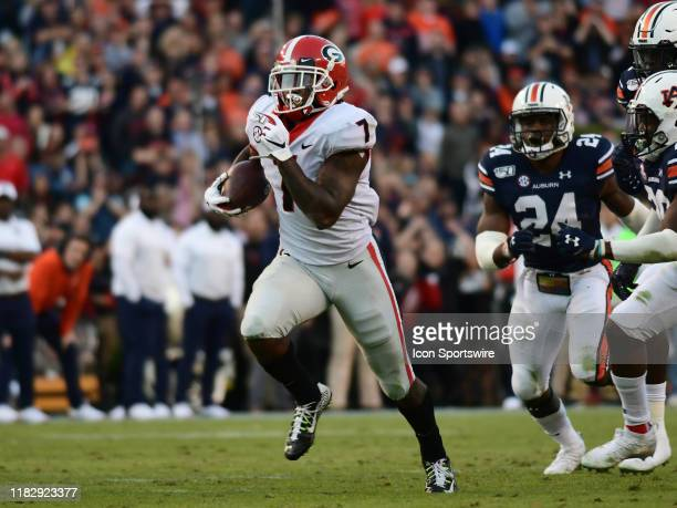 Georgia Bulldogs Running Back D'Andre Swift rushes the ball during the game between the Georgia Bulldogs and the Auburn Tigers on November 16 at...