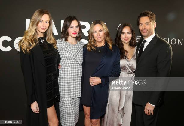 Georgia Connick Kate Connick Jill Goodacre Charlotte Connick and Harry Connick Jr pose at the opening night of Harry Connick Jr A Celebration Of Cole...