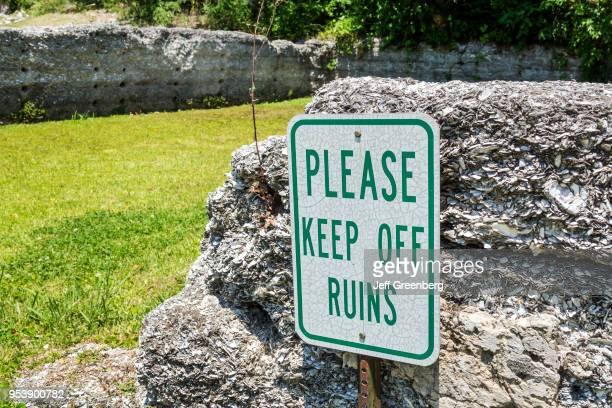 Georgia Darien Waterfront Park tabby ruins keep off sign