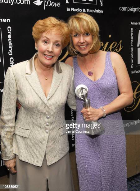 Georgia Engel and Monica Horan winner Outstanding Supporting Actress in a Comedy Series