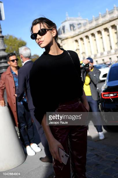 Georgia Fowler attends the ELie Saab show as part of the Paris Fashion Week Womenswear Spring/Summer 2019 on September 29, 2018 in Paris, France.