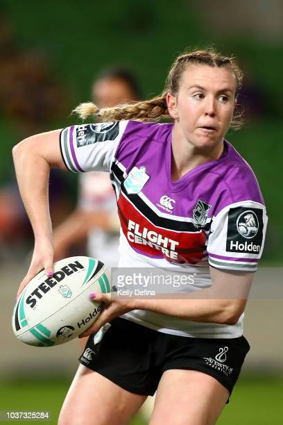Georgia Hale of the Warriors passes the ball during the round three NRLW match between the Brisbane Broncos and the New Zealand Warriors at AAMI Park...