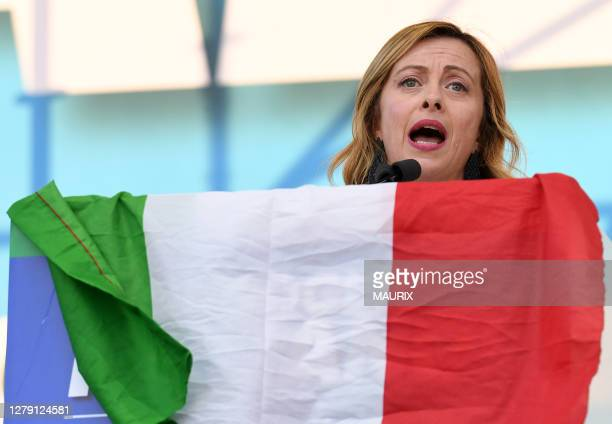 Georgia Meloni participe à un grand rassemblement des partis de droite italiens contre le gouvernement, Place San Giovanni à Rome, Italie le 19...
