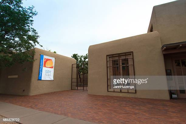 georgia o'keeffe museum in santa fe, nm - georgia okeeffe stock pictures, royalty-free photos & images