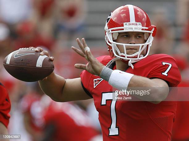 Georgia QB Matthew Stafford throws a practice pass before the game between the University of Georgia Bulldogs and University of AlabamaBirmingham...