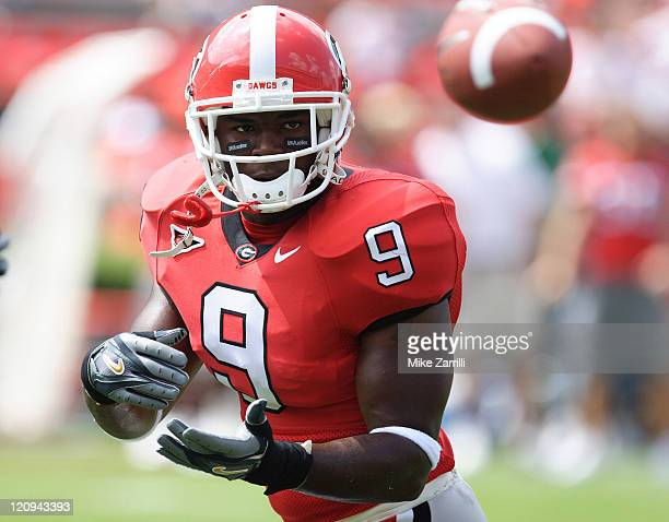 Georgia TB Tony Milton hauls in a practice pass before the against Louisiana Monroe at Sanford Stadium in Athens, GA on September 17, 2005. The...