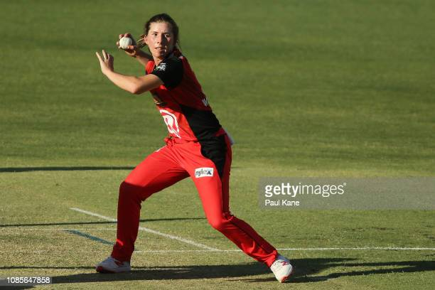Georgia Wareham of the Renegades looks for a run out during the Women's Big Bash League match between the Perth Scorchers and the Melbourne Renegades...