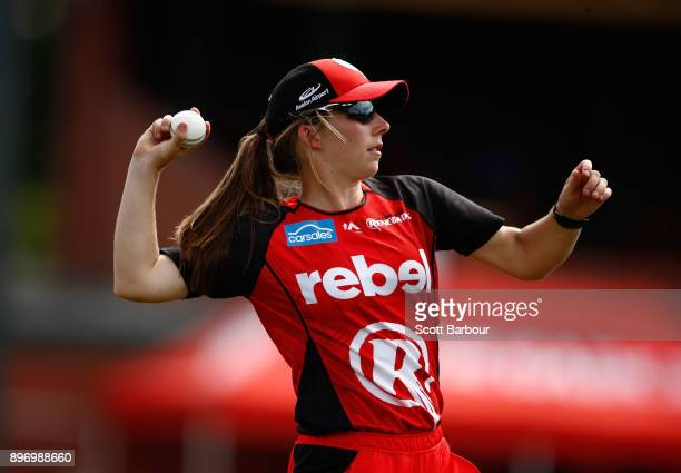Georgia Wareham of the Renegades throws the ball during the Women's Big Bash League match between the Brisbane Heat and the Melbourne Renegades at...