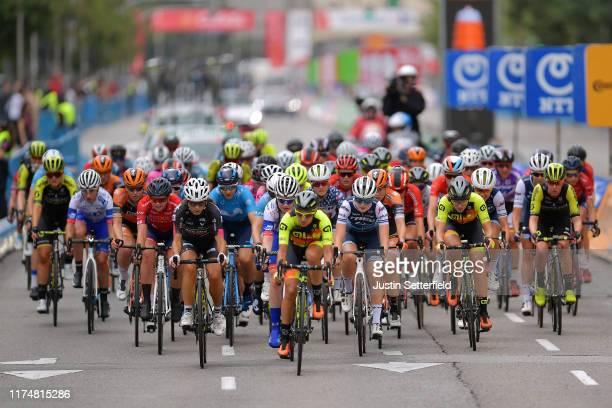 Georgia Williams of New Zealand and Team Mitchelton Scott / Jolien D'hoore of Belgium and Boels Dolmans Cycling Team / Lauren Kitchen of Australia...