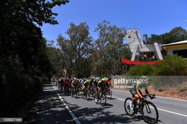 Georgia Williams of New Zealand and Team MitcheltonSCOTT / Gracie Elvin of Australia and Team MitcheltonSCOTT / LeighAnn Ganzar of The United States...