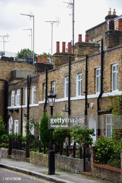 georgian terraced houses in london - knightsbridge stock pictures, royalty-free photos & images