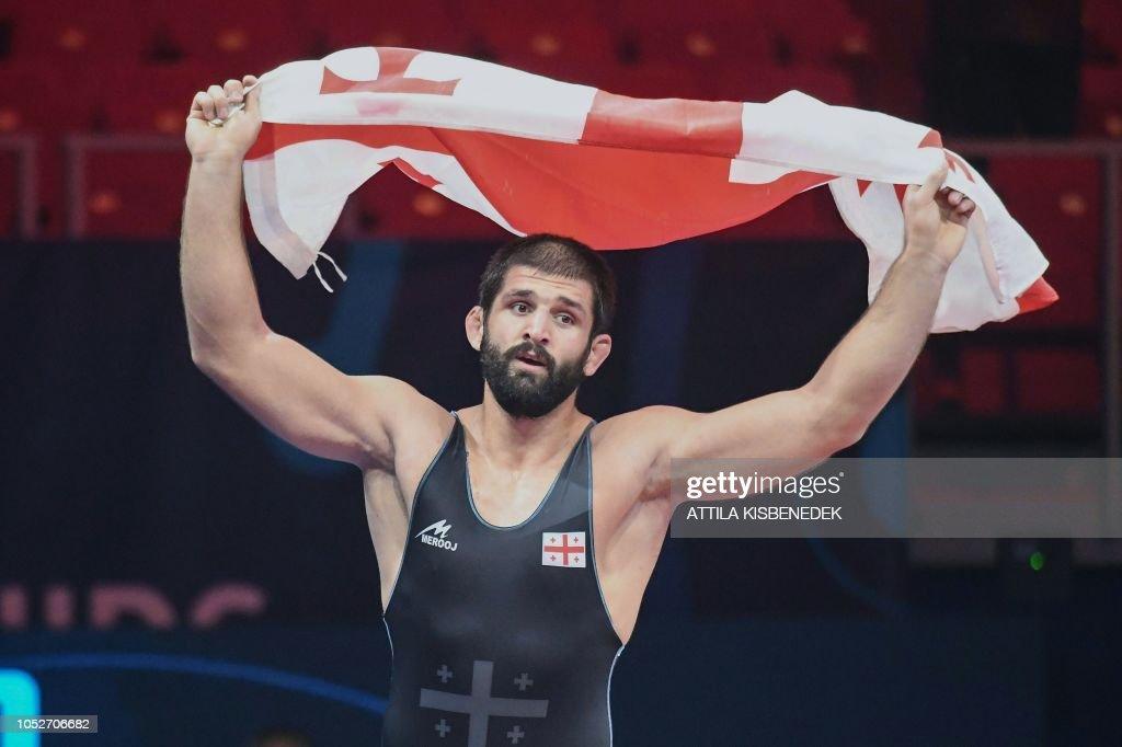 ქართული დროშა და  ქართული ჰიმნი , პეტრიაშვილმა მთელი რუსეთი დაადუმა