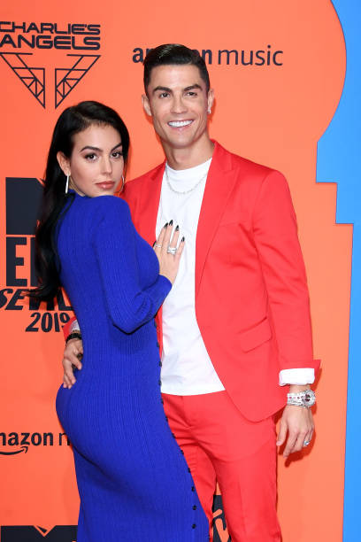 ESP: MTV EMAs 2019 - Red Carpet Arrivals